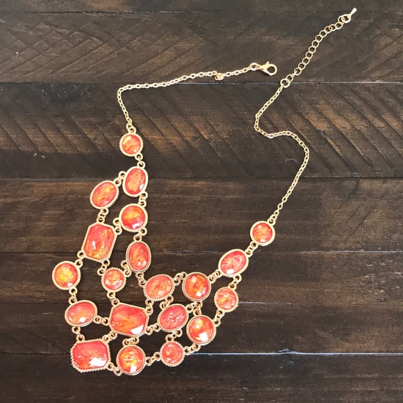 Jewelry - Statement necklace!